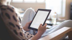 Lendo um livro digital
