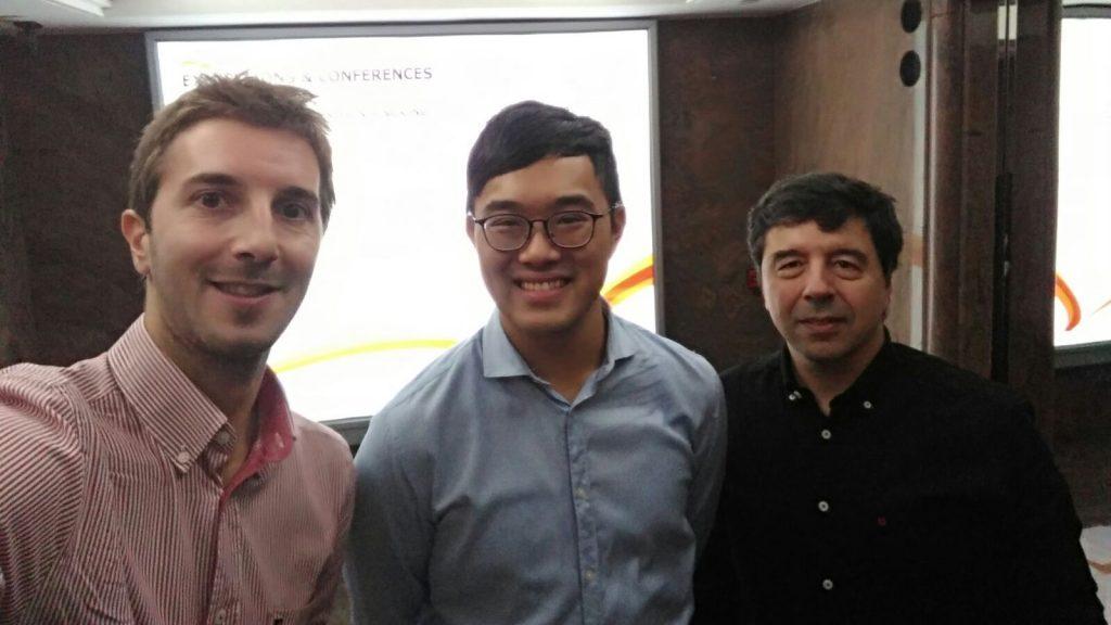 Foto de grupo da reunião com a HKTDC