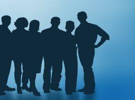 Identifique os gatilhos que lhe permitem antecipar comportamentos, intenções e necessidades dos colaboradores para obter resultados de excelência nas equipa