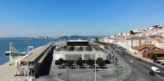 Complexo de edifícios do terminal de cruzeiros de Lisboa.